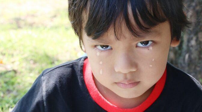 暴力親父の告白。今も殴られる子どもたち。反省態度が暗転する最後の奇妙な質問