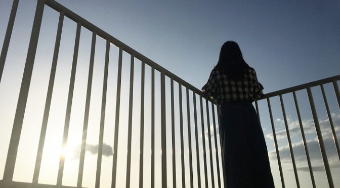 子育て終えて娘息子と同居する女52歳の不安は片親の劣等感とやがて来る孤独