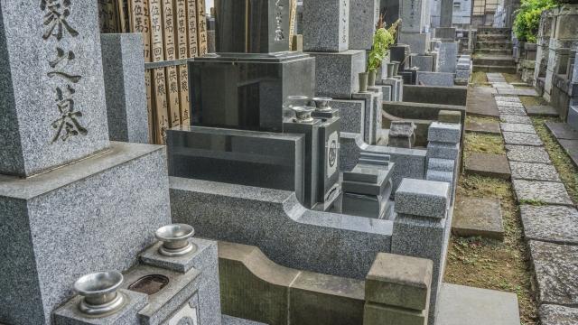 墓守を理由に姉が仕切る不公平な遺産分割。本当に常識?